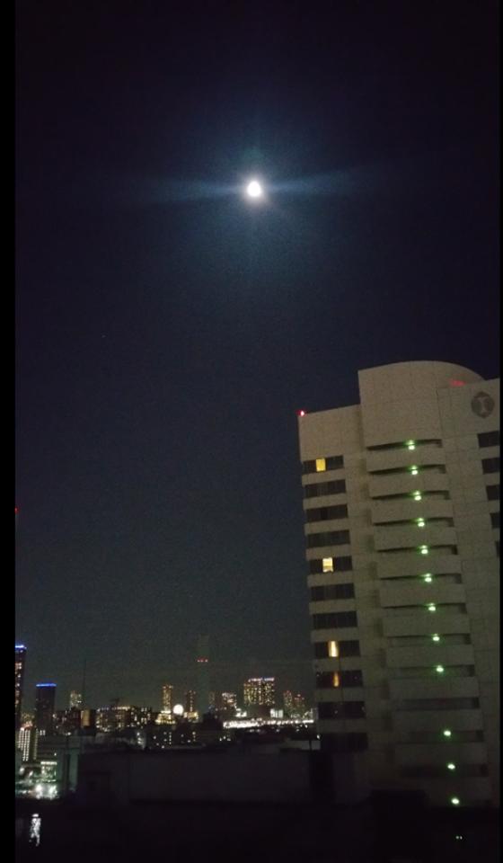 20171202満月前の月