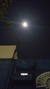 獅子座満月前夜の月の光20180130
