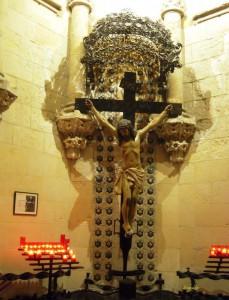 イエスキリスト磔刑の彫刻