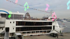 船のパーティースペース